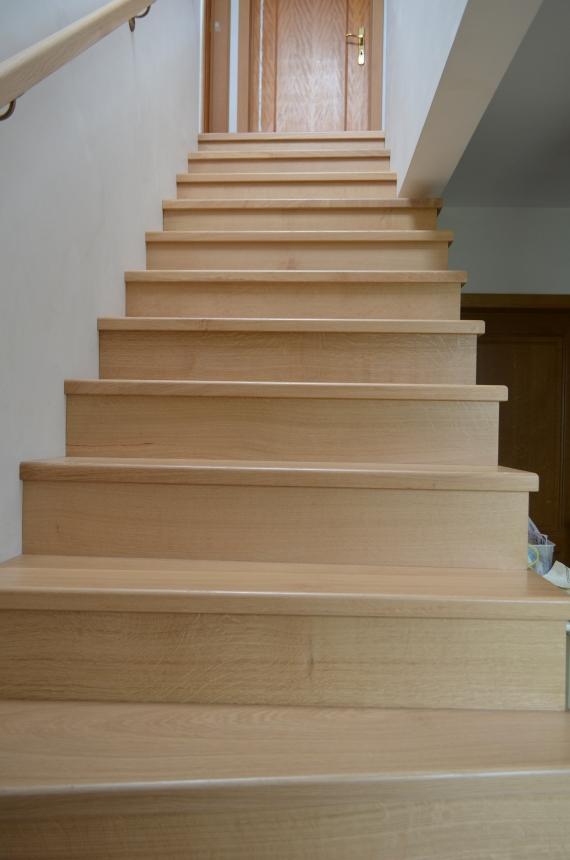 habillage escalier parquet awesome habillage escalier parquet habillage dun escalier en bton. Black Bedroom Furniture Sets. Home Design Ideas